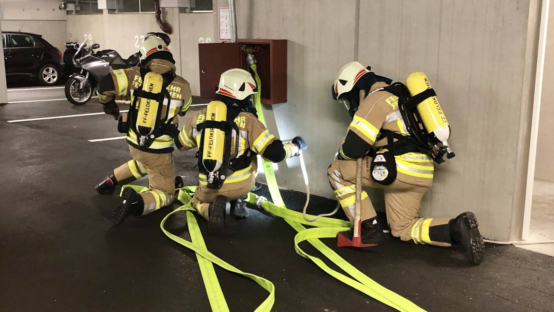 Atemschutzübung: Tiefgaragenbrand