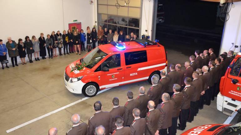 Weihnachtsfeier mit Fahrzeugsegnung MZFA